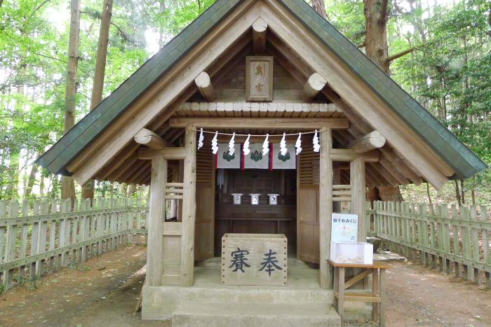 宝登山神社奥宮 社殿