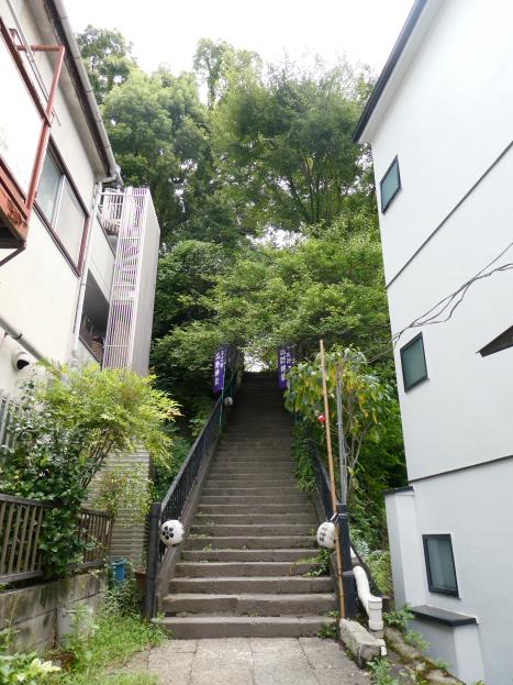 牛天神北野神社の階段