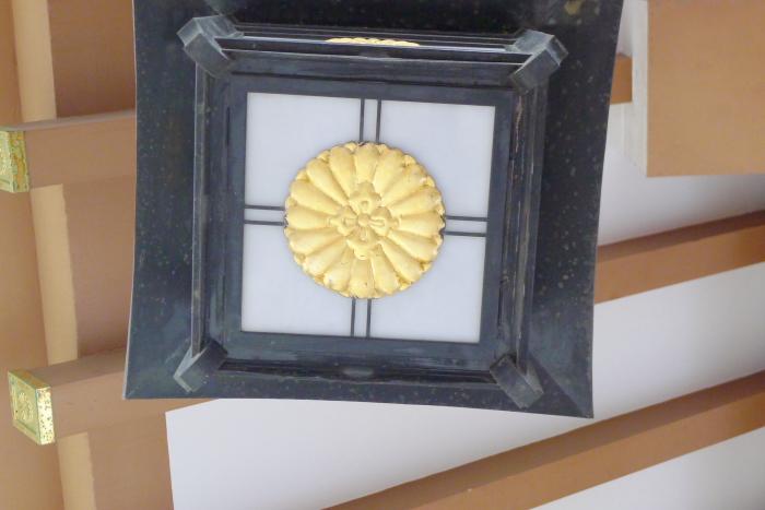 東京大神宮の菊の御紋