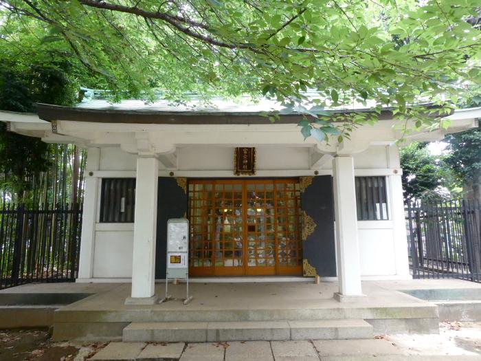 文京区本駒込_駒込富士神社の社殿