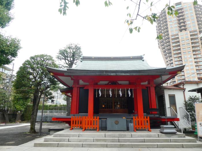 港区_麻布氷川神社の社殿