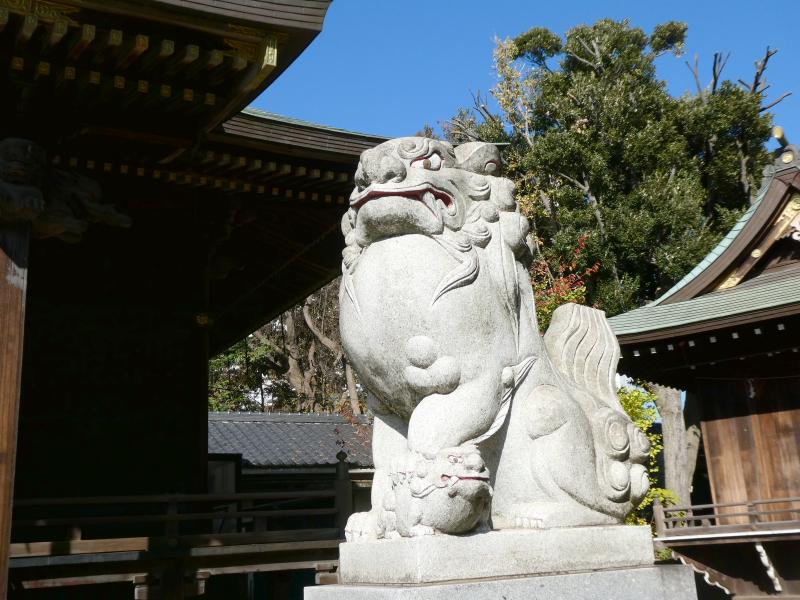 北区赤羽八幡神社の狛犬