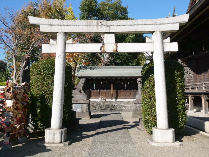 北区赤羽八幡神社の境内社