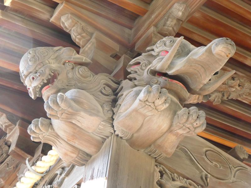 北区赤羽八幡神社の社殿の彫刻
