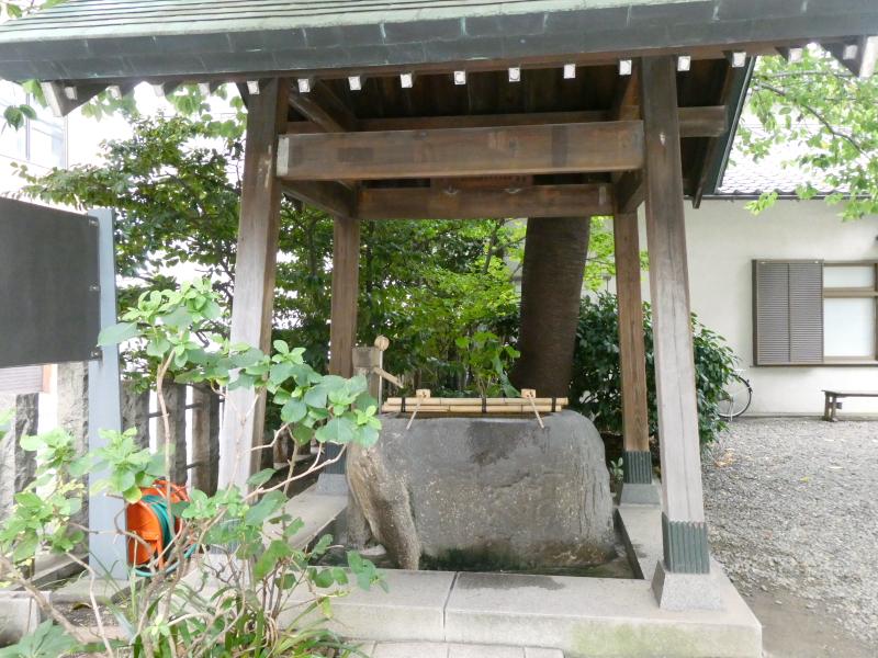 台東区_蔵前神社の手水舎