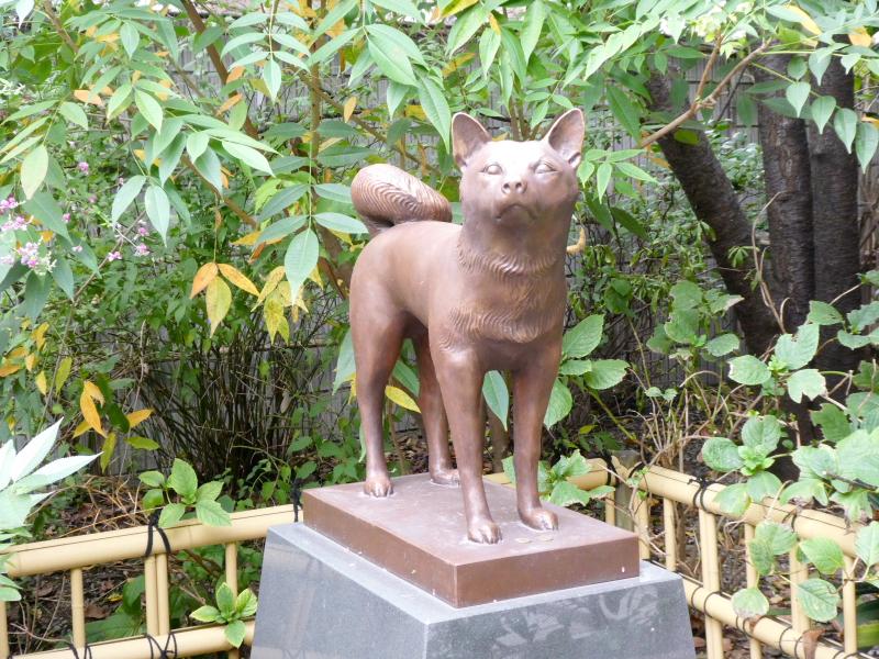台東区_蔵前神社 元犬の銅像