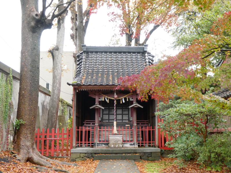 石川県金沢市の尾崎神社の境内社