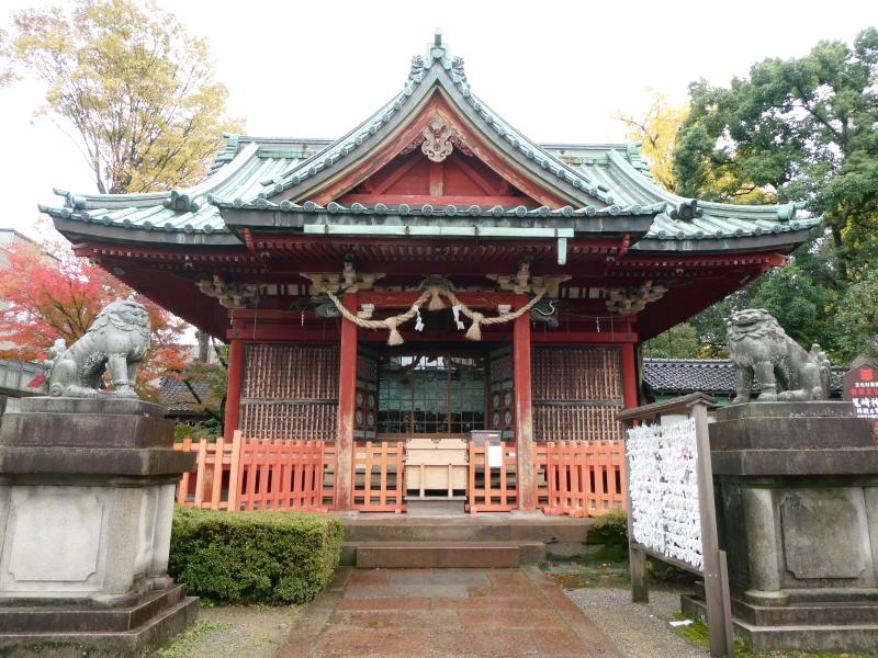 石川県金沢市の尾崎神社の社殿