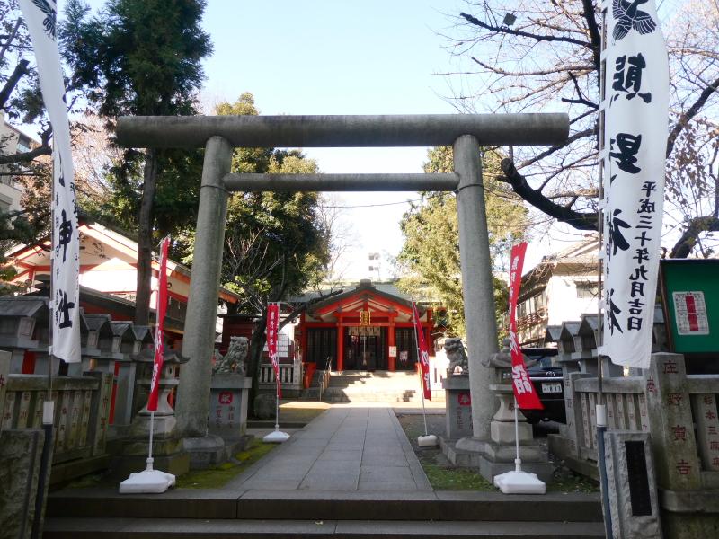 板橋区熊野町熊野神社の鳥居